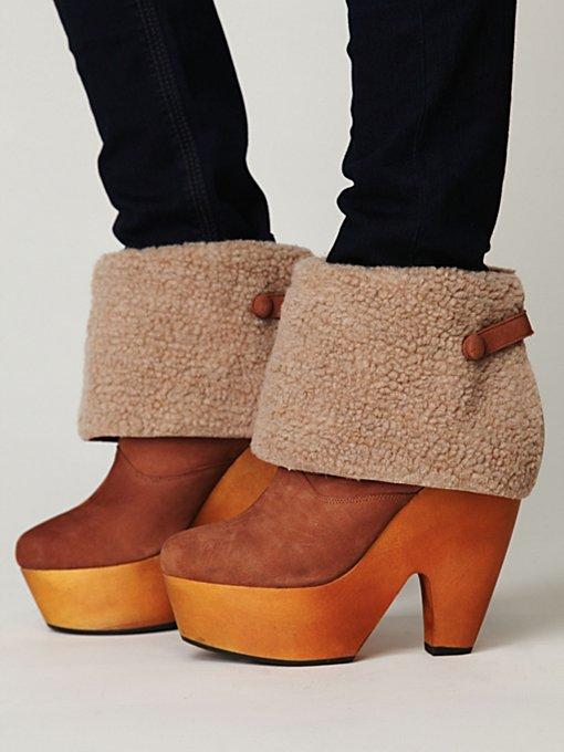 Julietta Platform Boot