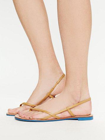 Nelli Sandal