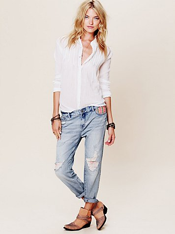 Tapestry Embellished Slim and Slouchy Fit Jeans