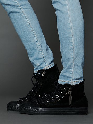 Side Zip Chucks