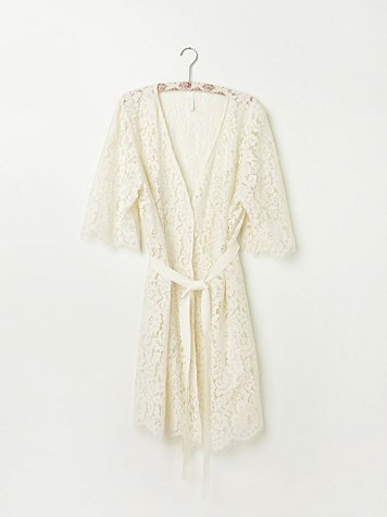 Harvard Lace Robe