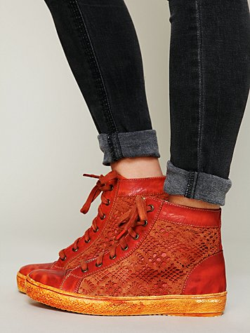 Atlas Crochet Sneaker