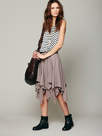 Swing High Skirt