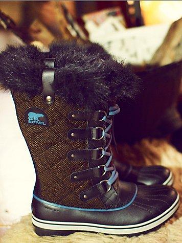 Tofino Herringbone Boot