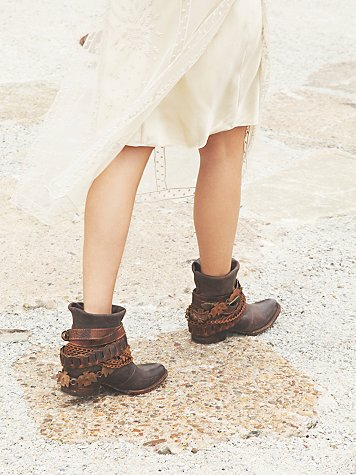 Wyatt Ankle Boot