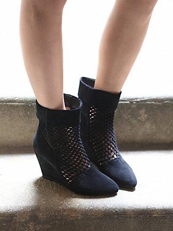 Rochelle Wedge Boot