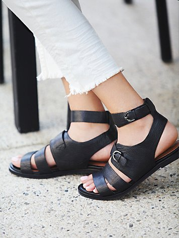 Howl at the Moon Sandal