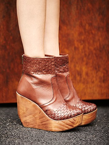 Rys Wedge Boot