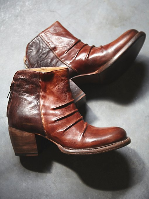 Harlan Heeled Boot