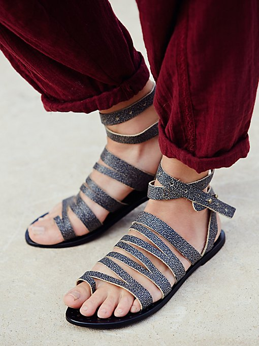 Sunever Sandal