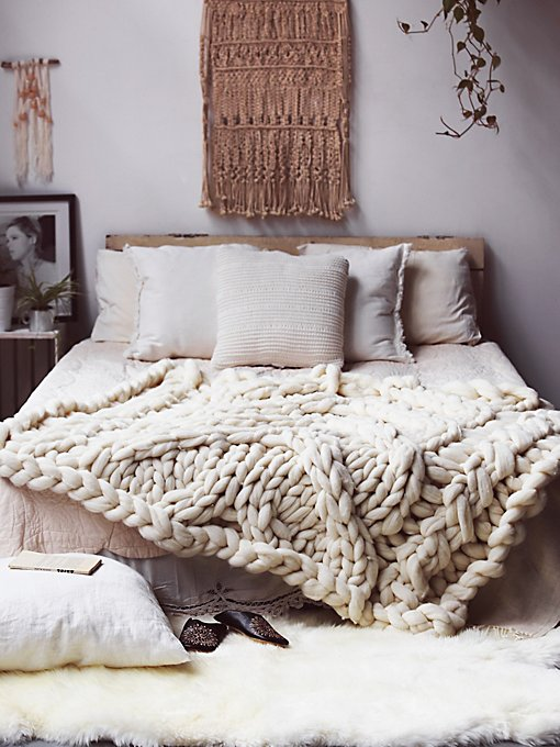 Big Sky Cableknit Wool Blanket