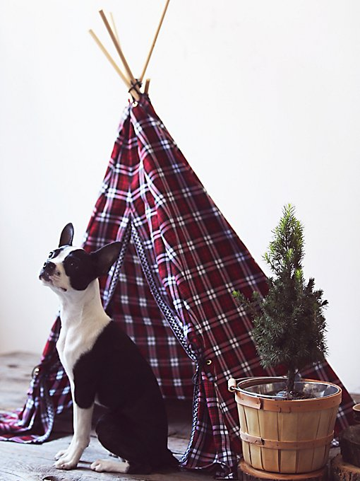 Fireside Plaid Tipi