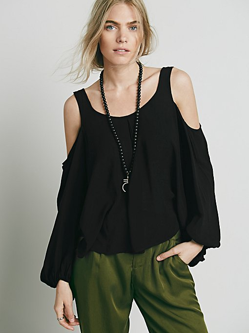 Open Shoulder Bubble Sleeve Top
