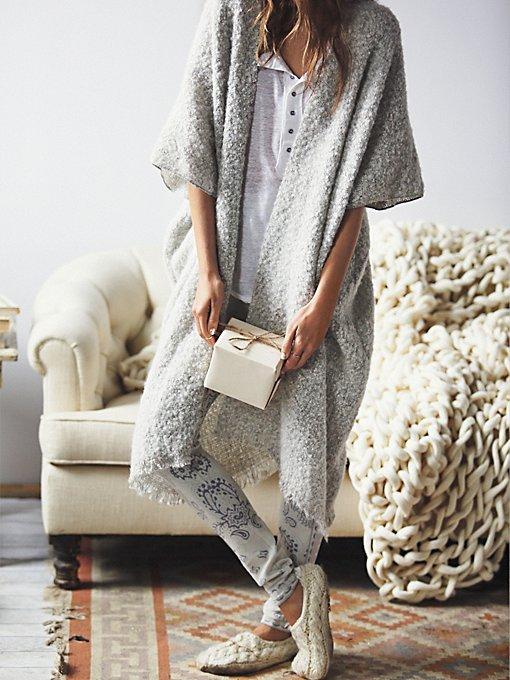 Weekend Boucle Kimono