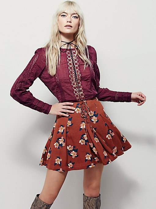 Lovely Lace-Up Mini