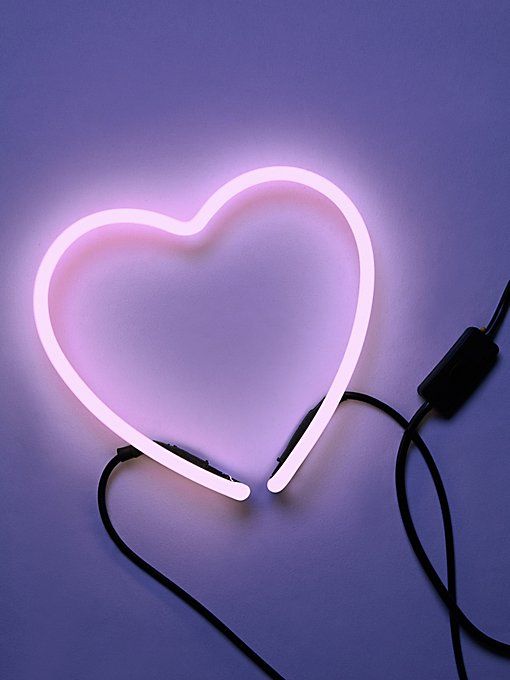 Luxe Neon Heart Light